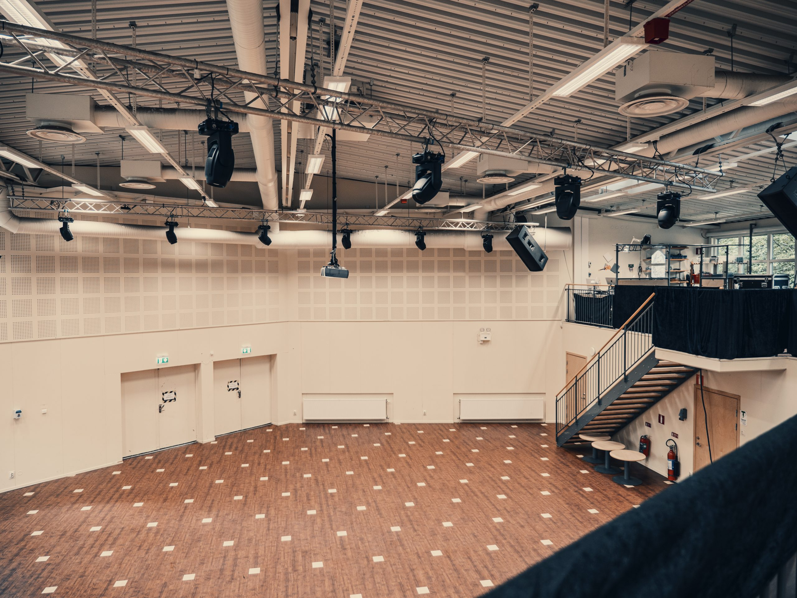KB Stora Salen 04
