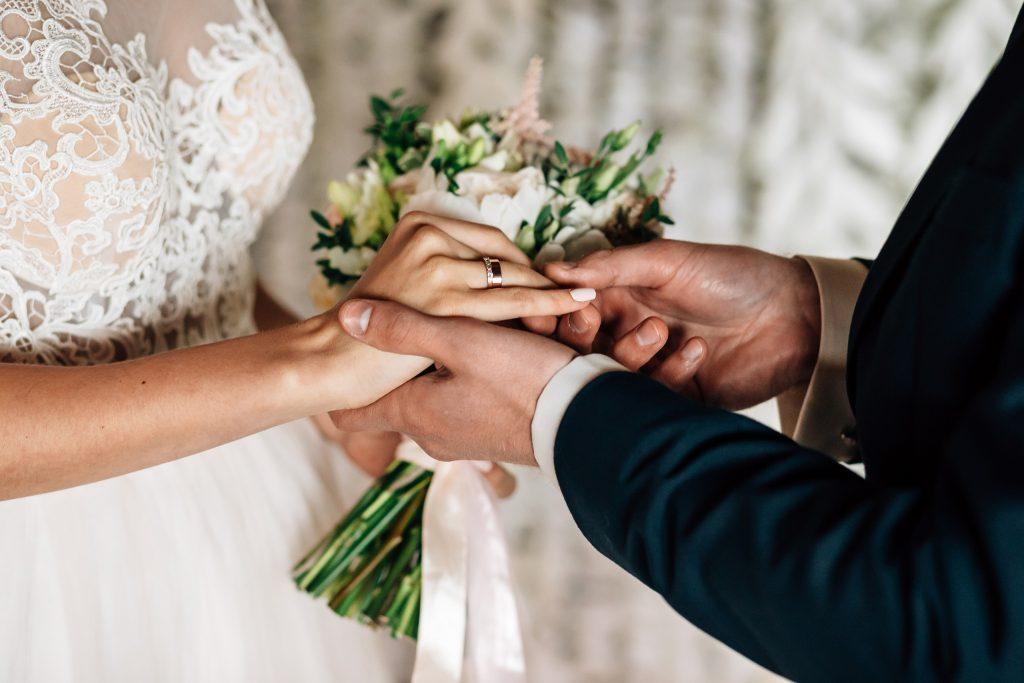 kb_stock_wedding_01